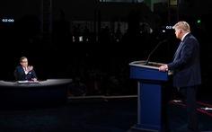 Chris Wallace: Muốn 'vô hình' mà không được trong tranh luận Trump - Biden
