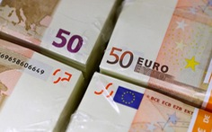 Hơn nửa triệu euro tiền mặt của ai cất giấu trong căn hầm ở Paris?