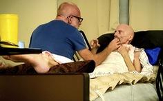 Bệnh nhân AIDS đầu tiên trên thế giới được chữa khỏi đã chết vì ung thư