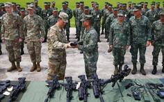 Tổng tư lệnh Philippines: 'Nồng ấm với Trung, thân thiết với Mỹ'