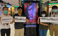Hoa Mộc Lan bị phản đối vì Lưu Diệc Phi ủng hộ cảnh sát Hong Kong