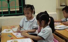 Đánh giá học sinh tiểu học chủ yếu qua lời nói, quan sát, vấn đáp, không cho điểm