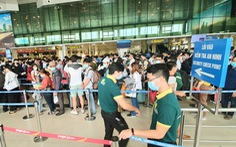 Sân bay siết chặt quy định với nhân viên hàng không