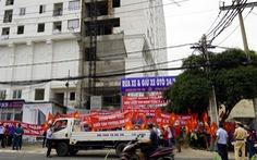 Vũng Tàu: Mới ngày đầu năm, dân chung cư Sơn Thịnh đã treo băngrôn tố chủ đầu tư