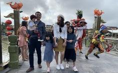 Lần đầu tiên phố cổ Hội An đón đoàn khách Việt vào xông đất