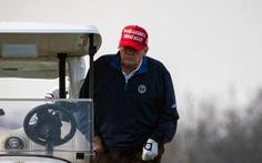 Sân golf của ông Trump bị tước quyền đăng cai giải đấu danh giá