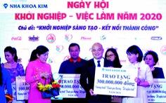 Nha khoa Kim chung tay vì cộng đồng vượt khó năm 2020