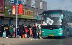 Trung Quốc có ca COVID-19 mới cao nhất 10 tháng, Nhật mở rộng tình trạng khẩn cấp