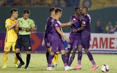 Tiền đạo ngoại của B.Bình Dương lại 'quậy' trên sân ở trận đầu tiên V-League 2021