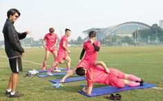 Tân binh J-League của CLB Sài Gòn ra sân sớm 30 phút vẫn nán lại tập thêm
