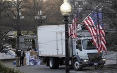 Ông Trump thu dọn đồ đạc rời khỏi Nhà Trắng ra sao?
