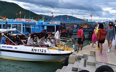 Du lịch biển hút, nhiều khu nghỉ dưỡng hạng sang kín chỗ