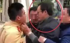 Chi cục trưởng Dân số Tuyên Quang túm áo, tát CSGT khi được yêu cầu đo nồng độ cồn