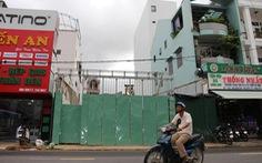 Hàng xóm xây nhà gây lún nứt báo cho ai, có quyền yêu cầu dừng thi công?