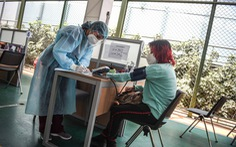 Trung Quốc gặp khó khi thuyết phục người dân các nước tin tưởng vắc xin COVID-19