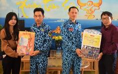 Quà tết của Tuổi Trẻ đến căn cứ hải quân Cam Ranh