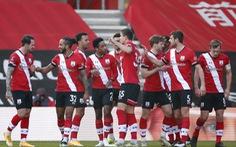 Cúp FA: Đương kim vô địch Arsenal bị loại, Man City đi tiếp