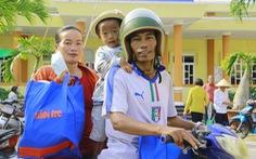 300 phần quà tết đến với bà con Khmer nghèo ở Sóc Trăng