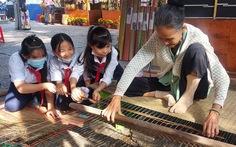 Học trò Cần Thơ đi 'hội chợ xuân' học làm văn