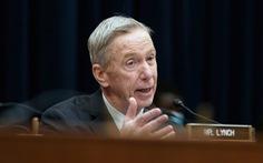 Nghị sĩ Mỹ mắc COVID-19 dù đã tiêm đủ 2 liều vắcxin