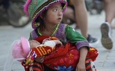Sapa kêu gọi không mua hàng rong để 'bảo vệ quyền trẻ em'