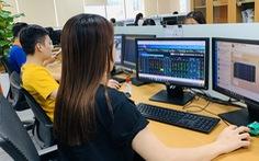 Bùng nổ 'cơn sốt' đầu tư chứng khoán, số tài khoản mở mới tăng kỷ lục 20 năm