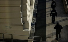 Mỹ xác nhận một cảnh sát chết trong xung đột với người biểu tình khu Đồi Captiol