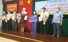 5 doanh nghiệp tặng 1.260 máy tính cho học sinh An Giang