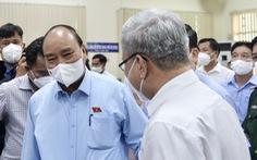 Gặp Chủ tịch nước Nguyễn Xuân Phúc, cử tri kiến nghị sớm quy định rõ ràng về làm từ thiện