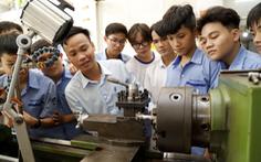 Sinh viên nghề chậm tốt nghiệp: Nguy cơ 'đứt gãy' nguồn cung lao động