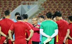 Ngày 14-10, đội tuyển Việt Nam về nước mà không có ông Park