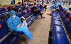 Bỏ cách ly tập trung, chuyến bay từ TP.HCM đến Hà Nội hết vé đến 18-10