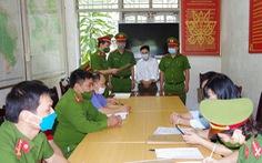 Bắt trạm trưởng kiểm lâm để 'lâm tặc' chặt hàng trăm cây gỗ nghiến