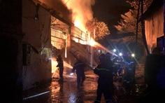 Cháy lớn công ty sản xuất sơn, thiêu rụi 380m2 nhà xưởng