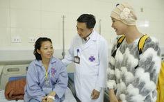 Tháng phòng chống ung thư vú: 'Bưởi hay chanh, khỏe tươi xanh mới đẹp'