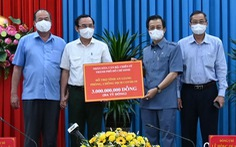 TP.HCM tặng vật tư y tế phòng chống dịch cho An Giang, Đồng Tháp