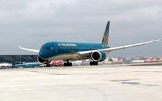 Khách đi máy bay cung cấp thông tin cá nhân thay cho bản cam kết