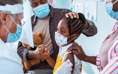 California có thể buộc học sinh tiêm vắc xin ngừa COVID-19 từ học kỳ tới