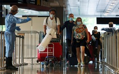 Singapore lo tái bùng phát dịch khi số ca COVID-19 mỗi ngày gần chạm mốc 4.000 ca
