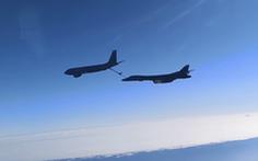 Tiêm kích Nga áp sát máy bay ném bom chiến lược Mỹ