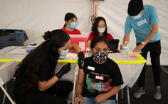 TP.HCM: Nhiều quận, huyện khảo sát ý kiến phụ huynh về tiêm vắc xin cho trẻ