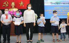 Quận 3 và Quỹ Thiện Tâm trao học bổng cho trẻ mồ côi vì COVID-19