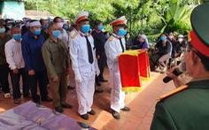 Đám tang đẫm nước mắt sau vụ thảm sát 3 người ở Bắc Giang