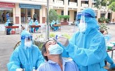 78 F0 tại Bình Chánh hầu hết đã tiêm đủ 2 mũi vắc xin, triệu chứng nhẹ