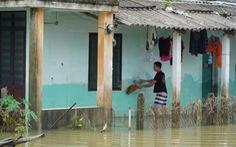 Quảng Nam: Lũ rút chậm, nhiều nơi vẫn ngập, quốc lộ 1 thông đường