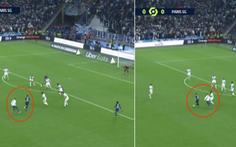 Cổ động viên chạy vào sân 'rượt' Messi ở trận PSG hòa Marseille