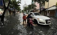 Ảnh hưởng áp thấp, miền Nam mưa lớn kéo dài tới cuối tháng