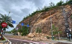 Sạt lở núi giữa trung tâm Quy Nhơn, 3 người bị thương