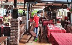 TP.HCM: Đề xuất hàng quán bán tại chỗ đóng cửa trước 21h, thí điểm bán rượu bia ở quận 7, Thủ Đức