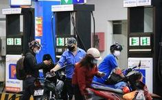 Giữ giá xăng dầu, chờ Bộ Tài chính